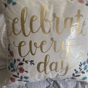 Kohl's Other - Lauren Conrad celebrate every day throw pillow